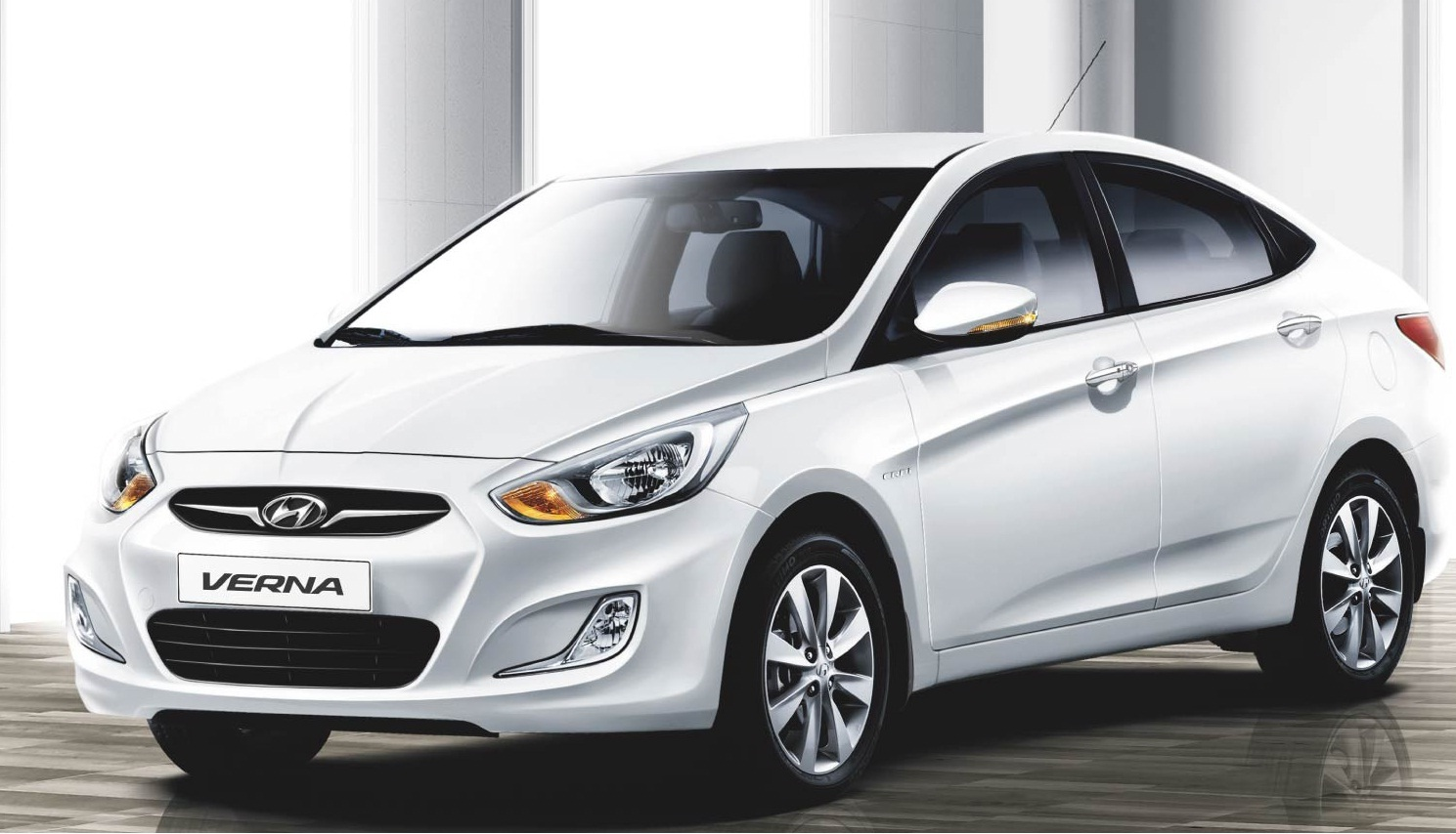 New Hyundai Fluidic Verna Test Drive Review The Authentic Car People